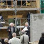 De la paille dans la construction publique