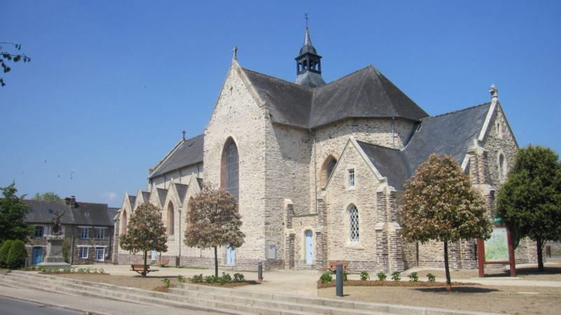 Plelan le Grand église