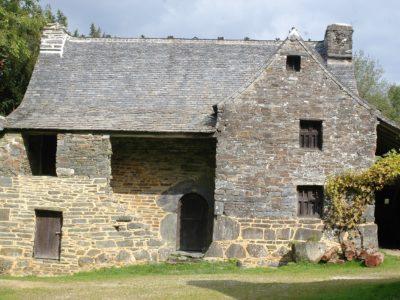 Saint-Rivoal maison