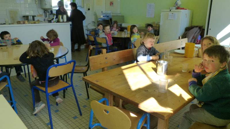 Saint-Rivoal école bilingue