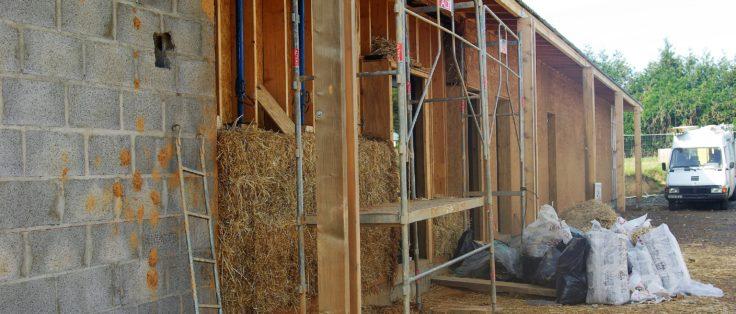 La salle multifonctionnelle de Mouais en construction