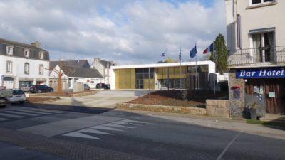 pluméliau-mairie et place-1-5-md