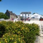Locqueltas : nouvelle place de la mairie propice au vivre ensemble