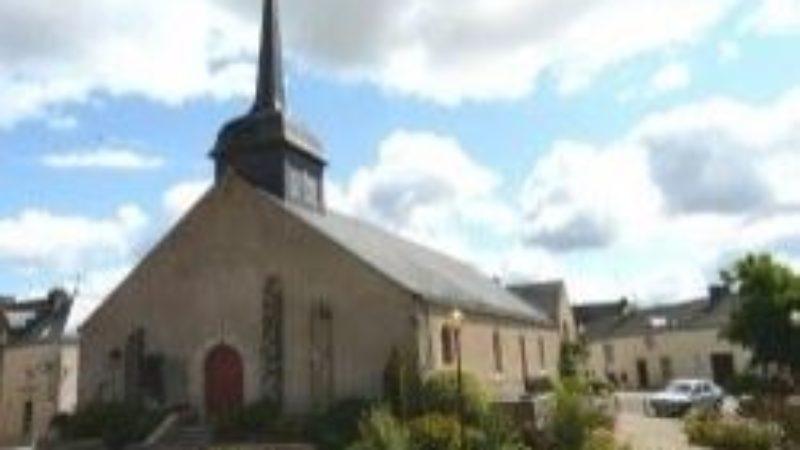 Béganne place de l'église