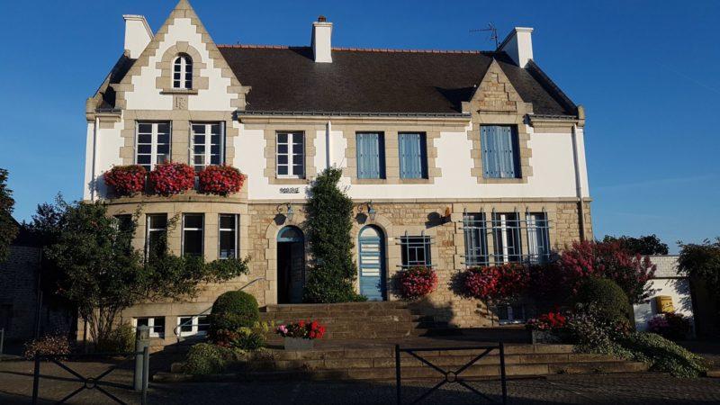 Guéhenno-mairie